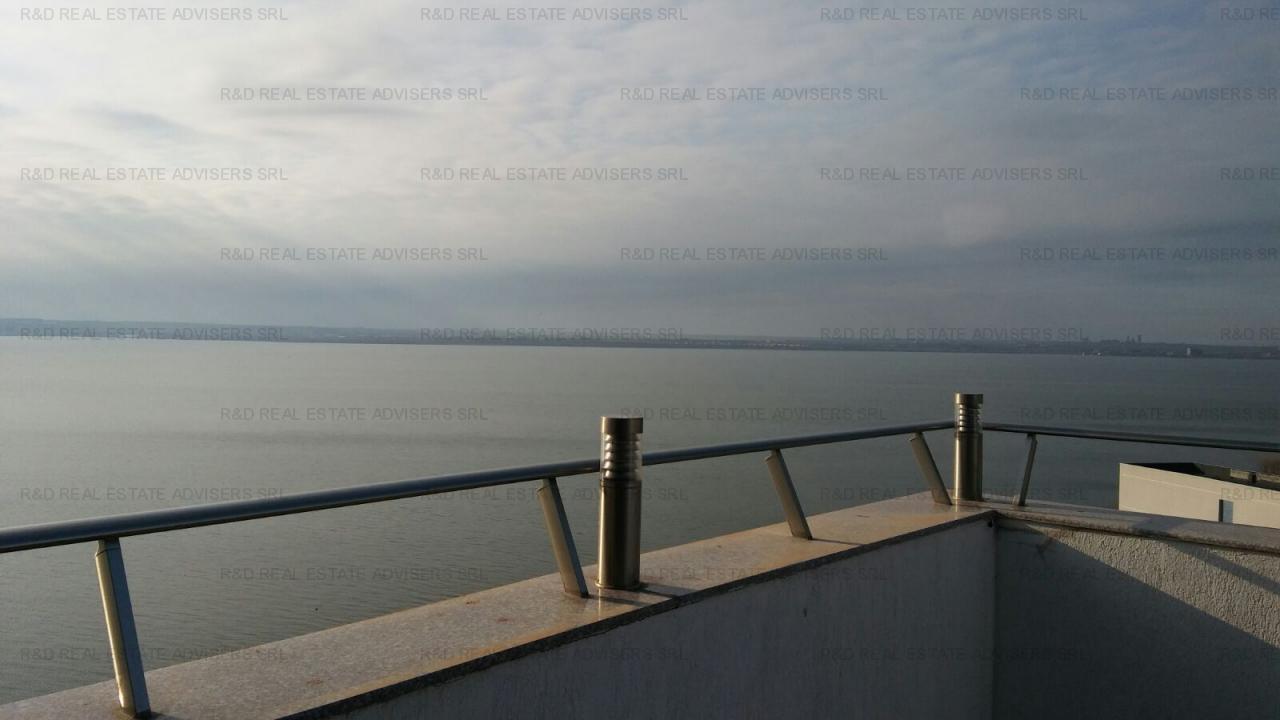 Penthouse !! 3 camere vedere la Mare, lux incalzire prin pardoseala!!