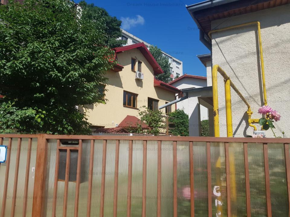 vila de lux  in zona Grivita/Mihalache