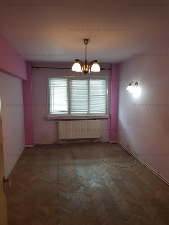 Apartament 3 camere Calea Victoriei/hotel Moxa