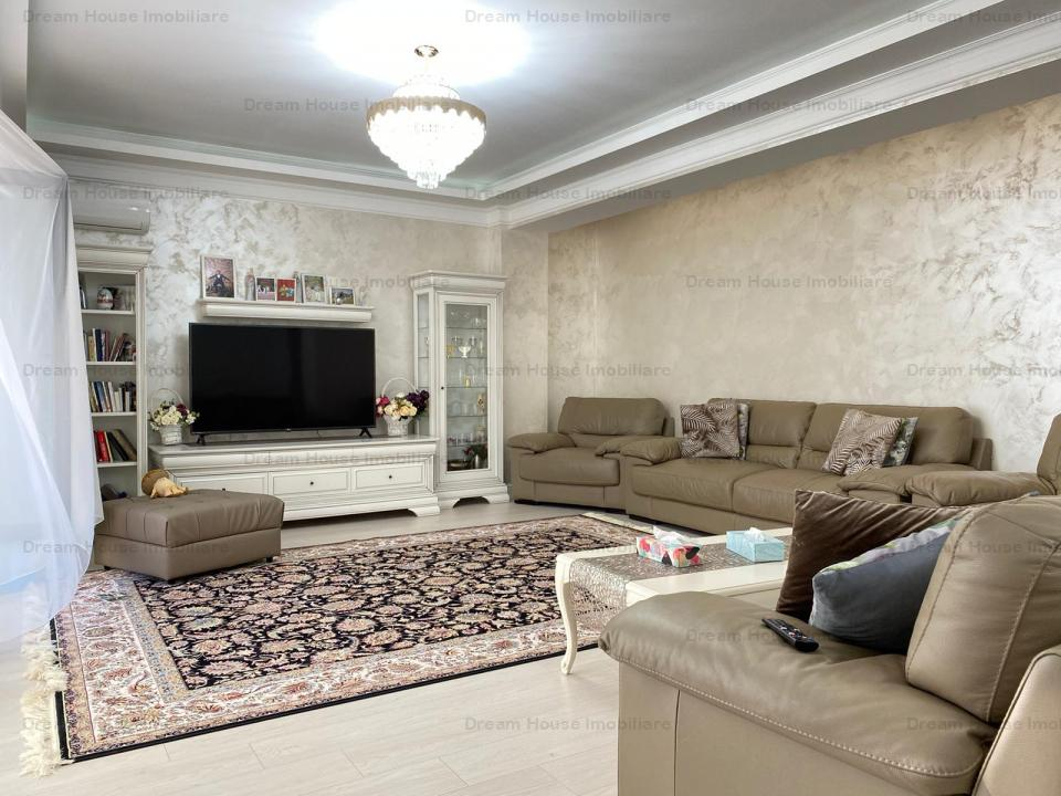 Apartament  cu  finisaje de lux, 182 mp utili si curte de 150 mp