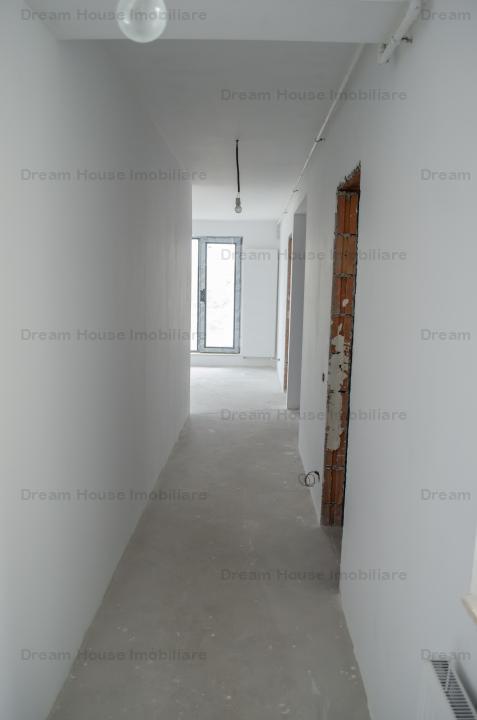 Apartament 3 camere Etaj 2 + Mansarda Finisaje la Alegere Zona Damaroaia