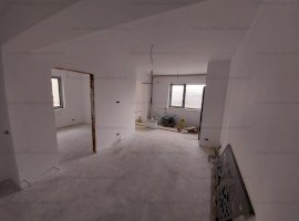 Apartament 3 camere Curte Proprie 40mp Baneasa/Jandarmeriei