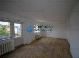 Duplex, Etajul 4 si 5, foarte spatios si luminos, terasa