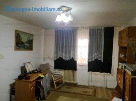 Sabinelor, 2 cam, spatios 65 m2, renovat, izolat termic
