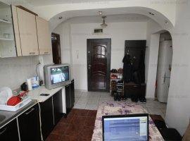 Faleza, 2 camere, Etaj 1, renovat, decomandat, vedere Dunare