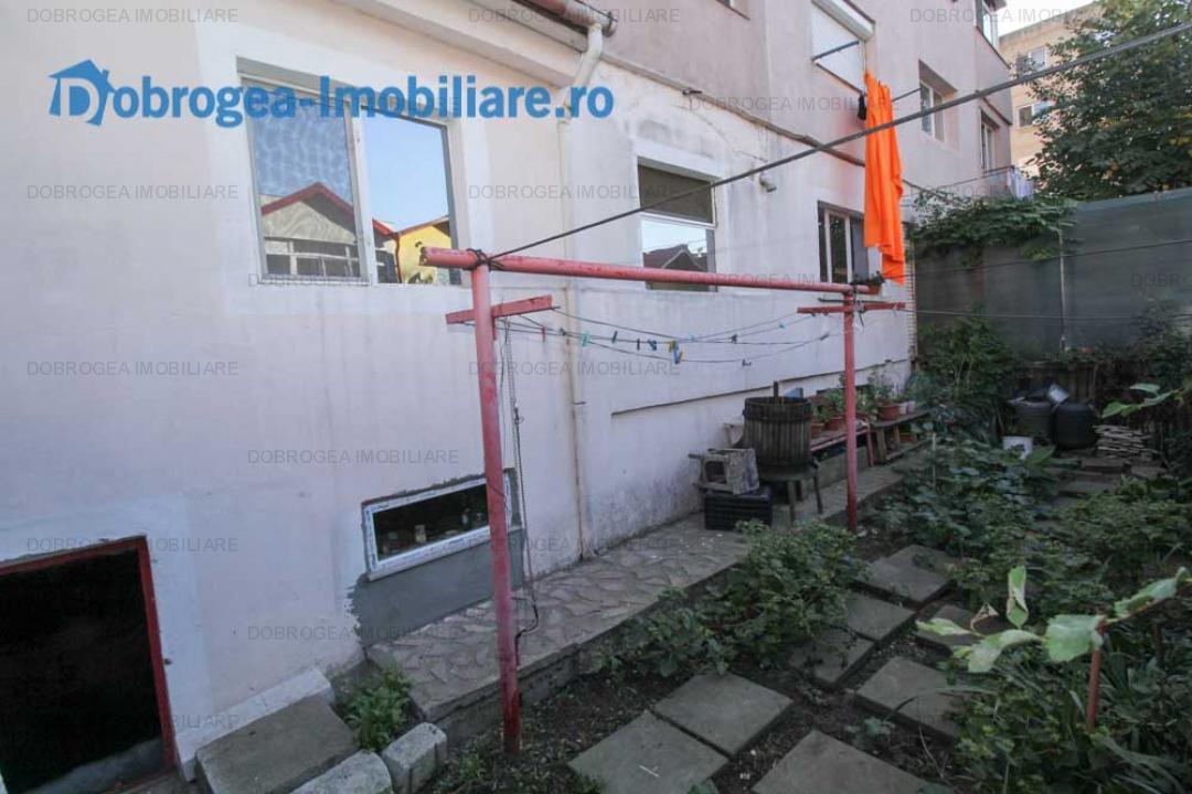 E3, 3 cam, parter, balcon 15 mp, beci, gradina, centrala gaz