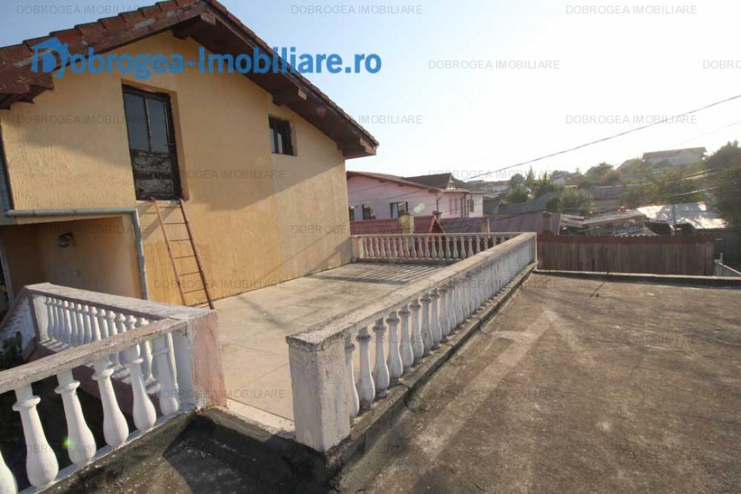 Casa P+1, zona Centrala, teren 570 mp, gradina amenajata, centrala gaz
