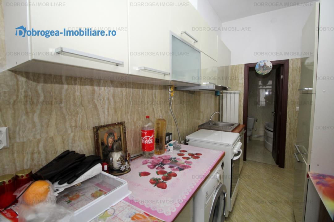 Concordiei, apartament in casa, 2 cam 64 m2, recent renovat