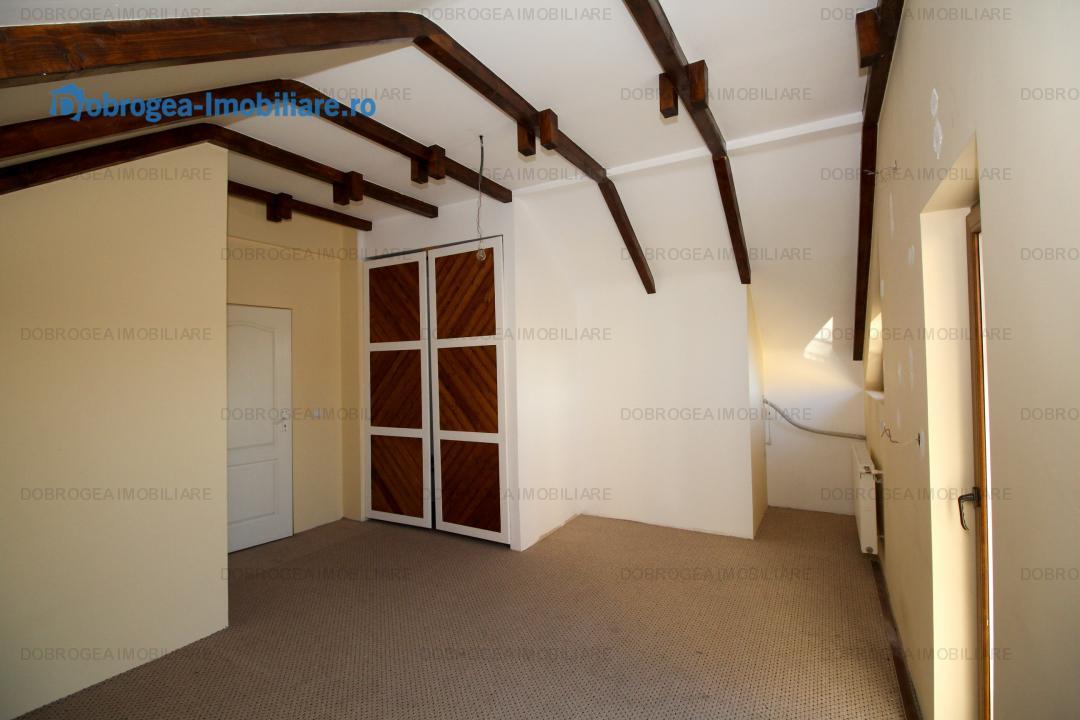 Pacii, vila ultramoderna, finisaje superioare, teren 405 m2