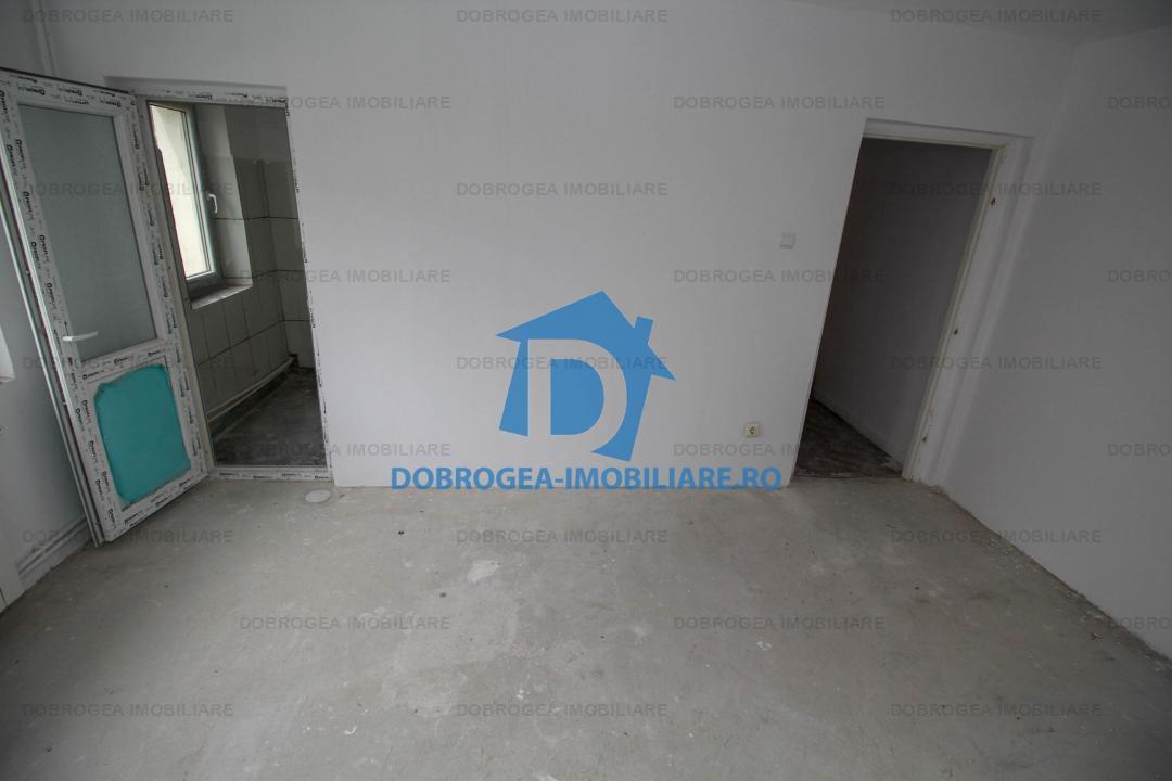 Alunisului, 3 camere, etaj 1, renovat, instalatii noi, izolat termic