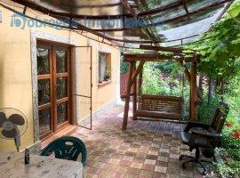 Nufaru, casa 5 camere, 150 m2 complet renovata, teren 1850 mp, deschidere 60 ml