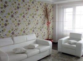 Peco, 3 camere, renovat, 2 balcoane, semi-mobilat, garaj inclus