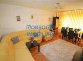 Apartament, 3 camere, etaj 4, 71 mp, zona Spitalului
