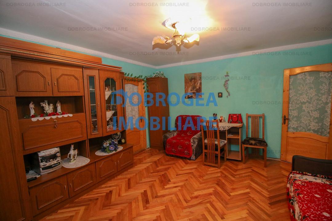 Piata Veche, Parter, 2 camere, 53 mp