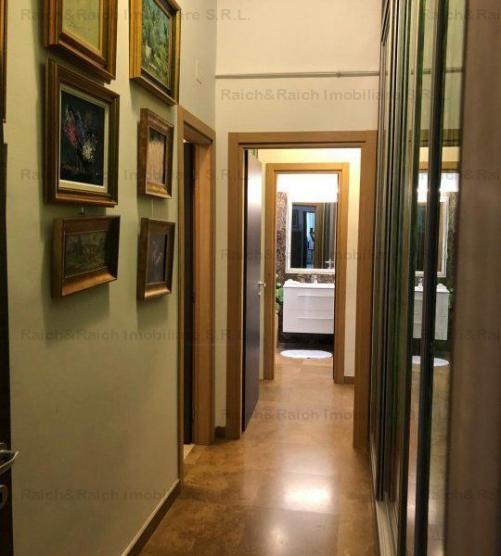 3 camere LUX Romana