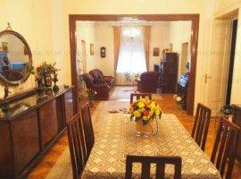 Vanzare apartament 7 camere, Piata Romana, Bucuresti