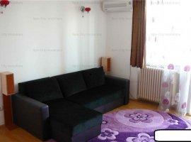 Apartament cu 3 camere la 3 minute de metrou Stefan cel Mare,langa aleea Circului