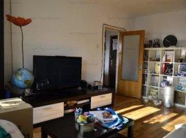 Apartament cu 3 camere superb in zona Pietei 1 Mai,cu acces rapid la Piata Victoriei si Parc Herastr