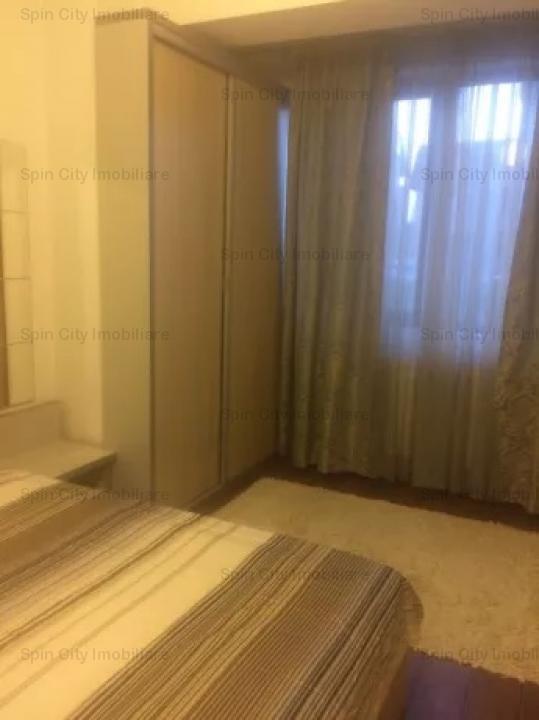 Apartament cu 3 camere modern mobilat,cu parcare subterana in Damaroaia