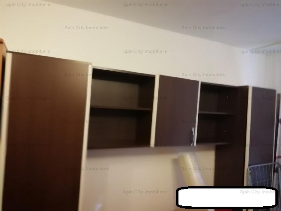 Apartament cu 2 camere decomandat,cu loc de parcare,langa parcul Crangasi,5 minute de metrou
