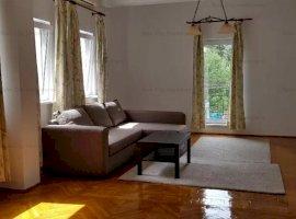 Apartament 2 camere spatios,in vila cu 4 apartamente,curte,Arena Nationala