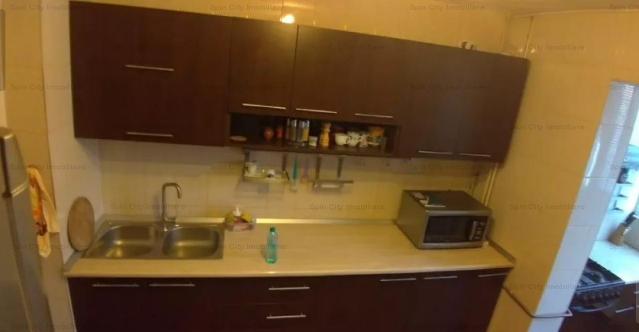 Apartament 3 camere modern la 3 minute de metrou Gorjului