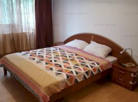 Apartament 3 camere renovat,modern,cu parcare,zona Apusului,10 minute de metrou Gorjului