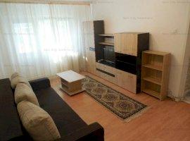 Apartament 3 camere renovat 2019,Apusului,la 8 minute de metrou Pacii