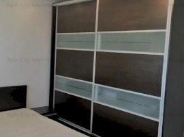 Apartament 3 camere,spatios,mobilat modern,bucatarie utilata Siemens, renovat recent,Nerva Traian