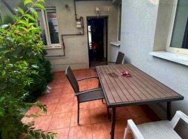 Apartament 2 camere ultramodern la curte cu terasa,Domenii