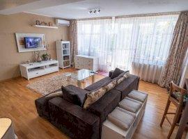 Apartament 2 camere cu terasa 90 mp,in complex rezidential,zona Republica