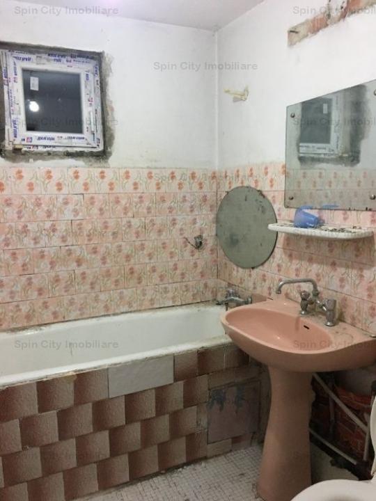 Apartament 3 camere spatios,2 grupuri sanitare,Gorjului