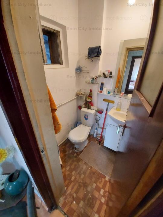 Apartament 3 camere decomandat,2 bai cu geam, Lujerului,parcare ADP