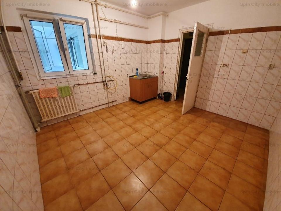 Apartament 3 camere Piata Sudului+parcare
