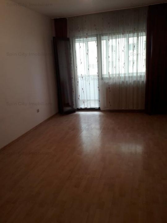 Apartament 3 camere CONSTRUCTIE 1978, bloc reabilitat,2 balcoane,Liceu Lucian Blaga, aproape de Cora