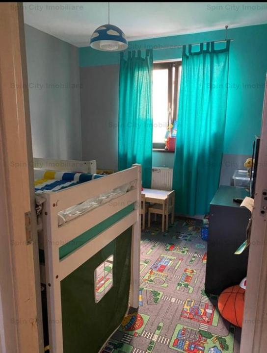 Apartament 3 camere cu centrala, cu curte proprie 25 mp, Fundeni
