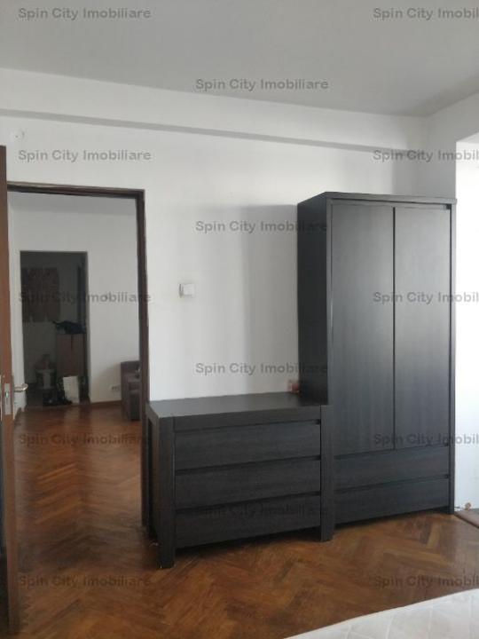 Apartament 3 camere superb Calea Grivitei-Metrou Basarab-Titulescu