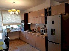 Apartament 3 camere decomandat, 2 bai, balcon inchis, parcare, Fundeni
