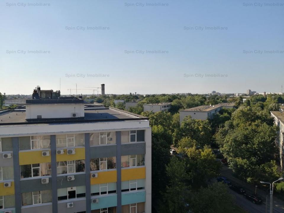 Apartament 3 camere foarte aproape de parc Crangasi, 3 minute metrou, bloc 1982 pe cadre de beton