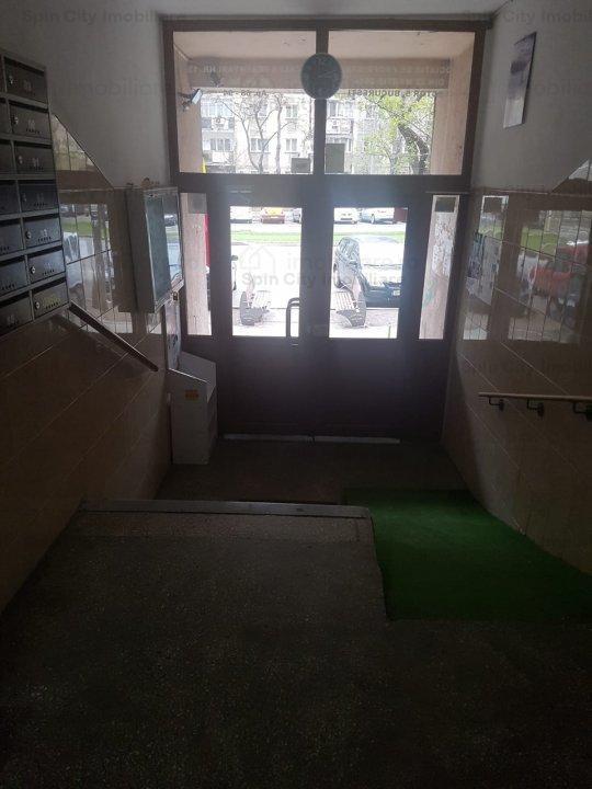 Apartament 3 camere decomandat, 2 bai, bloc 1988, Sebastian/Calea Ferentari/Nasaud