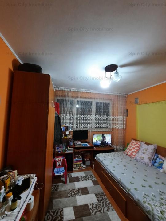 Apartament 3 camere decomandat Sos. Pantelimon,vis s vis de Liceul Lucian Blaga,5 min Cora