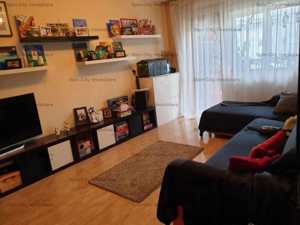 Apartament 3 camere renovat,CENTRALA proprie,Lujerului,Cora,2 min metrou,parcare