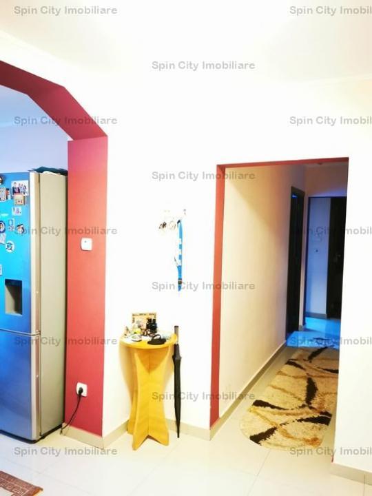 Apartament 3 camere finisat modern, decomandat,2 bai, Crangasi