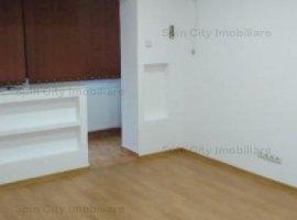 Apartament 2 camere spatios, decomandat, renovat, Lujerului,6 min de metrou/Cora,5 min Plaza