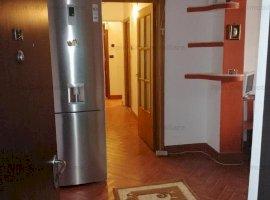Apartament 3 camere decomandat,2 bai, centrala proprie in curs de montare,parcare,Gorjului