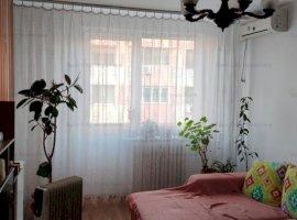 Apartament 3 camere decomandat, 2 bai, Teiul Doamnei