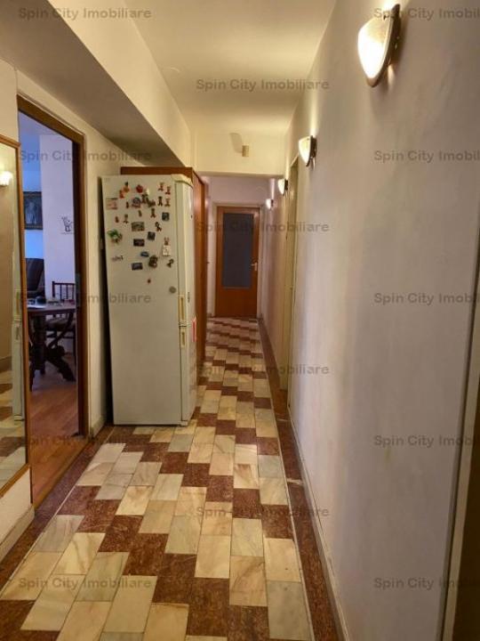 Apartament 4 camere modificat in 3, Lujerului, langa Cora si metrou
