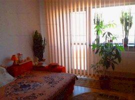 Apartament 3 camere decomandat, 2 bai, 1 minut metrou Gorjului