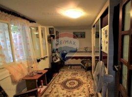 Casă / Vilă cu 7 camere de vânzare în zona Bucur Obor