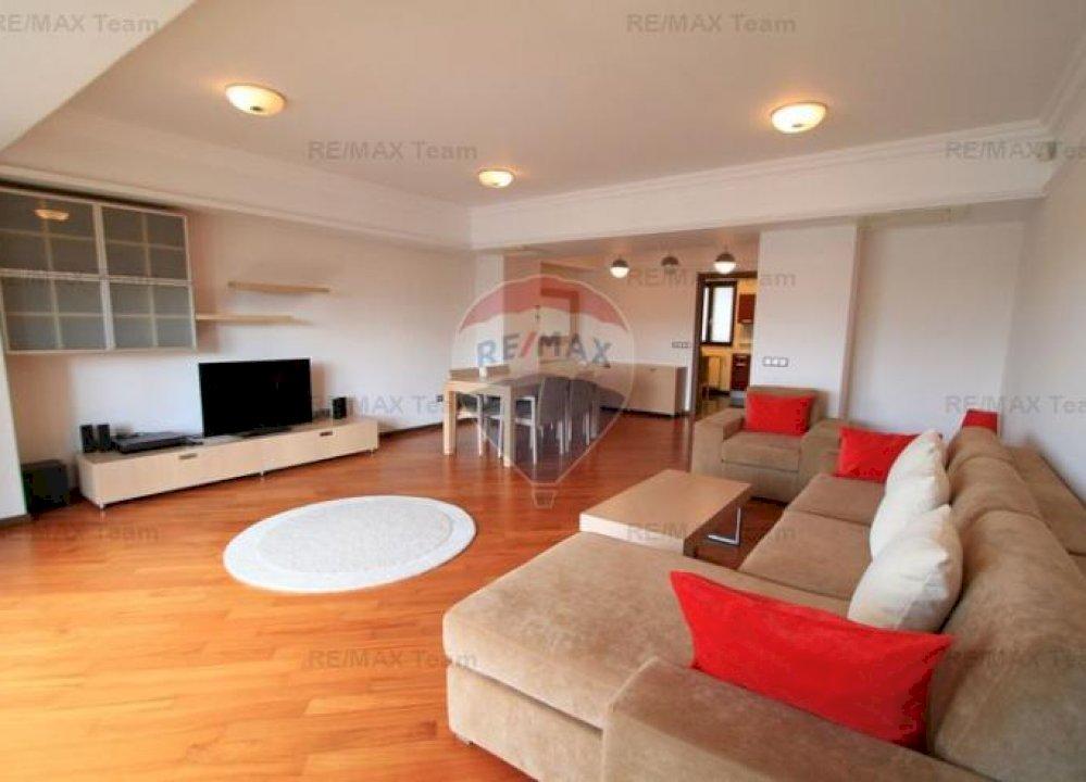 Apartament 2 camere lux, zona P-ta Romana- Mendeleev.